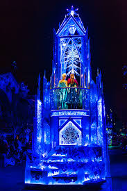Frozen Christmas Light Show by Disney Paint The Night Parade Disney Tourist Blog