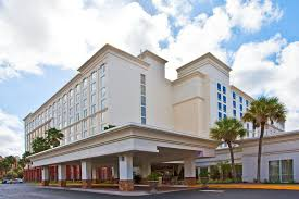 Comfort Inn Suites Orlando Universal Holiday Inn U0026 Suites Across From Universal Orlando Hipmunk
