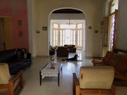 colonial style house of 885m2 in the center of vedado 2486 cuba