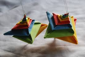 origami ornaments for comot