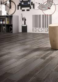Anthracite Laminate Flooring Treverkage Wood Effect Stoneware Flooring Marazzi