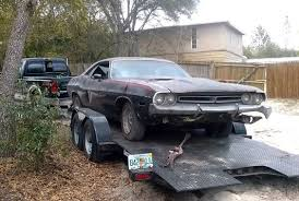 dodge challenger project challenging 1973 dodge challenger project http barnfinds com