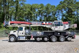 new terex crossover 4500l mounted to international workstar 7500