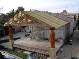 terrasse en bois suspendue terrasse couverte en bois wordmark