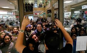 list of stores open closed on thanksgiving chicago s b96 96 3 fm