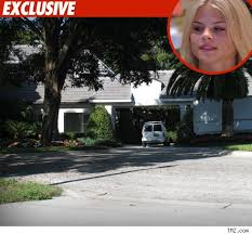 tiger woods house moving day at tiger woods place tmz com