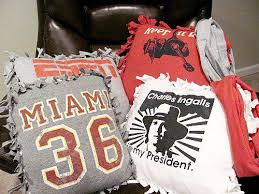 Upcycle Old Tshirts - 40 creative ideas to repurpose and reuse your old t shirts
