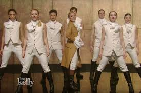 halloween kelly ripa channels beyonce trump hamilton on live