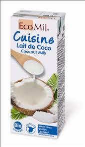 cuisine de coco curry rice and vegetables bebida orgánica de almendra organic