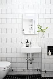 voyanga com eye catchy bathroom wall tile designs