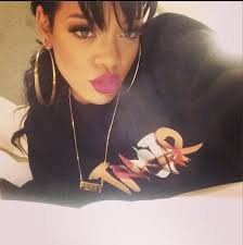rihanna hoop earrings weekend instagram hot or hmm rihanna iggy azalea emily b