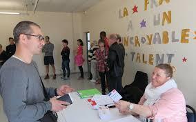 bureau de poste savigny le temple présidentielle à savigny le temple on est heureux de voter