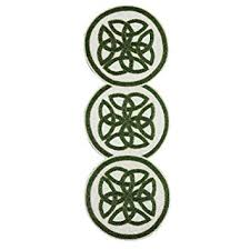 st patrick s day table runner amazon com nantucket home st patrick s day celtic beaded table
