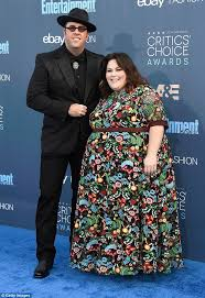 Metz Flowers - this is us star chrissy metz turns heads at critics u0027 choice awards