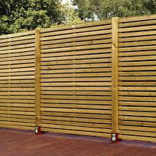 4 Ft Fence Panels With Trellis Best 25 Slatted Fence Panels Ideas On Pinterest Contemporary