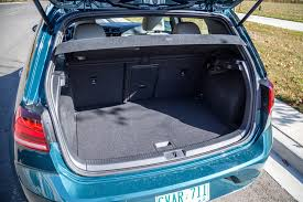 volkswagen golf trunk review 2017 volkswagen e golf canadian auto review