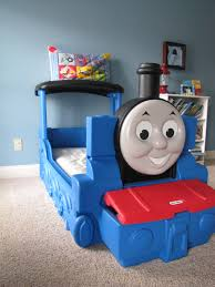 thomas train bedroom decor