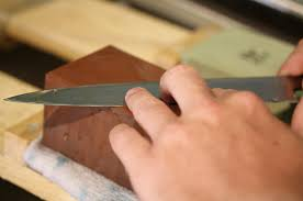 How Do You Sharpen Kitchen Knives by How To Tell When It Is Time To Sharpen Kitchen Knives Nola Com