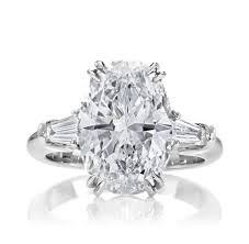 gorgeous engagement rings classic winston oval diamond 200 gorgeous engagement rings to