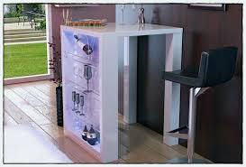 table avec rangement cuisine idée rangement cuisine unique table haute de cuisine avec rangement