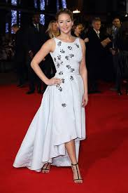 A 1 Carpet Jennifer Lawrence In Dior At The Hunger Games Mockingjay Part One