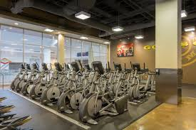 Gyms Hiring Front Desk West Covina Ca Gym At Plaza West Covina Mall Gold U0027s Gym