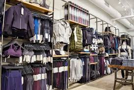 chicago s best black friday clothing sales and shopping events