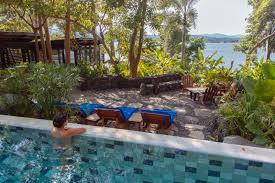 can ecotourism and luxury be compatible