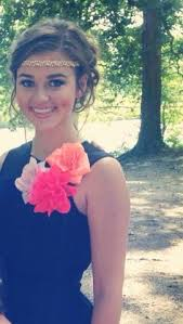 sadie robertson homecoming hair favorite dark curly hair pale skin blue eyes teenager google search