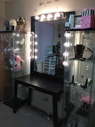 Bedroom Mirror Lights Vanities For Bedroom With Lights Images Black Vanity Table Makeup