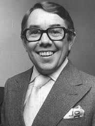 ronnie corbett who died at 85 was a u0027national treasure u0027 as one