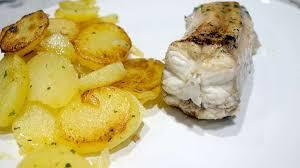 cuisiner roussette roussette pommes de terre recette par simple gourmand