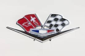 1963 corvette emblem 1963 chevrolet corvette split window emblem 030c photograph by