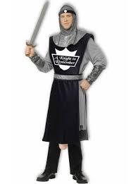 deguisement noces funebres costume de guerrier constantin avec arme en forme de concombre