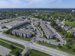 Park West Landscape by Park West Apartments Rentals Omaha Ne Apartments Com