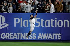 Aaron Judge Made His Mlb Debut In Center Field - aaron judge makes leaping catch against wall in alcs game 2 video