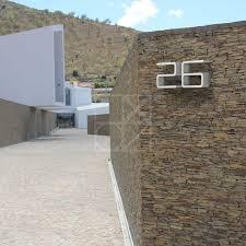 plaque numero rue numéro de maison design 1 entrance authentics