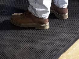 Non Slip Mat For Laminate Flooring Non Slip Rubber Flooring Flooring Designs