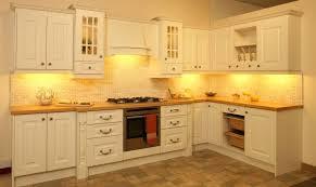 kitchen cabinets per linear foot kitchen cabinet price design cabinets bathroom budget designs prices