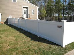 Cheapest Home Prices by Vinyl Privacy Fencing Cheapest Prices Affordable White Vinyl