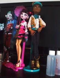 draculaura and clawd mh draculaura and clawd dolls by mh on deviantart