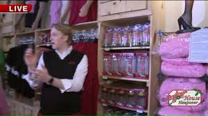 house gift kenny tours a christmas story house gift shop part 2 youtube