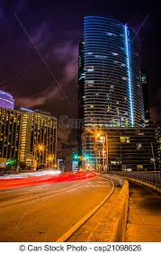 imagenes miami de noche florida brickell noche miami céntrico tráfico avenida foto de