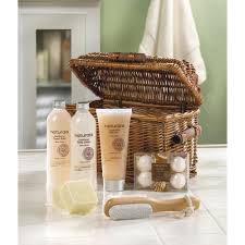 Wholesale Gifts And Home Decor Wholesale Luxury Spa Body U0026 Bath Products In Wicker Basket Chest