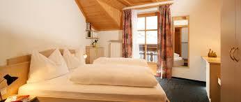 Casa Natura Schlafzimmer Gästebuch Obkircher Apartments