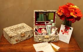 Bridal Makeup Box Clinique Giveaway Exclusive Invite To Trousseau Bridal Service
