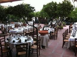 il giardino giardino esterno ristorante il giardino foto di il giardino