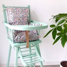 assise chaise haute coussin chaise haute liberty betsy un grand marché