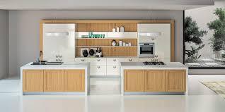 cuisine contemporaine blanche et bois meuble bas porte coulissante liao targa galerie et cuisine moderne