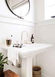 scott u0027s bathroom makeover with parachute blogs de decoration
